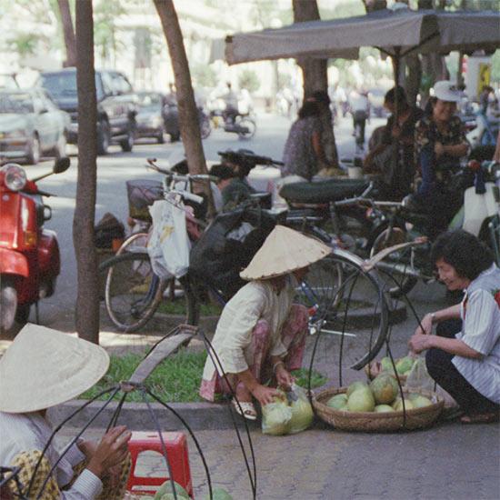 Saigon street food vendors